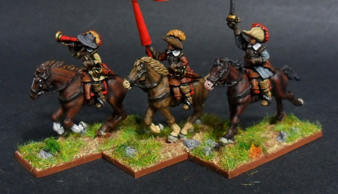 17.1-30YW CAB 13-mando-de-caballeria-media-medium-cavalry-command-3-horses-3-riders.jpg